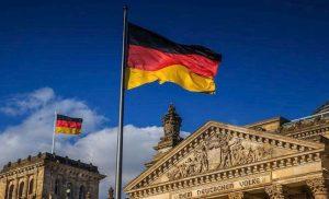 Σκάνδαλο με ξέπλυμα ρωσικού μαύρου χρήματος στη Γερμανία και εμπλοκή υπουργού
