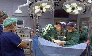 Η μεταμόσχευση πήγε στραβά και έμεινε με δύο καρδιές