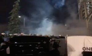 Εμπόλεμη ζώνη η «Τούμπα» μετά την οριστική διακοπή του ντέρμπι – Βαριά «καμπάνα» περιμένει τον ΠΑΟΚ (βίντεο)