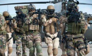 ΕΚΤΑΚΤΟ: Γαλλικά στρατεύματα αναπτύχθηκαν στο συριακό Κουρδιστάν – Ασπίδα κατά των Τούρκων