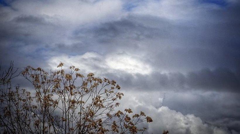 Καιρός: Βροχές, σποραδικές καταιγίδες και αφρικανική σκόνη