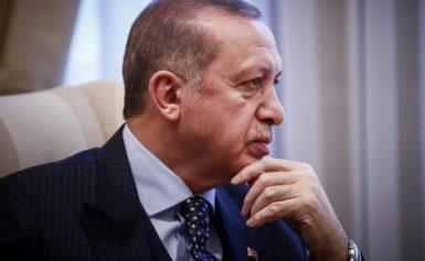 Σάλος για λίστα με 208 απαγορευμένα τραγούδια στην τουρκική ραδιοτηλεόραση!