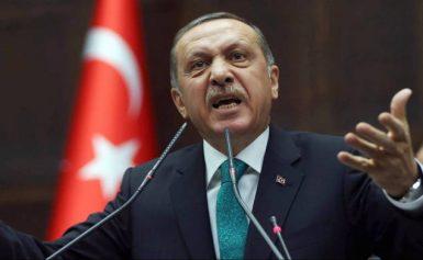 Νέες απειλές Ερντογάν: «Αν ανοίξω τα σύνορα, δεν θα βρίσκετε τρύπα να κρυφτείτε»