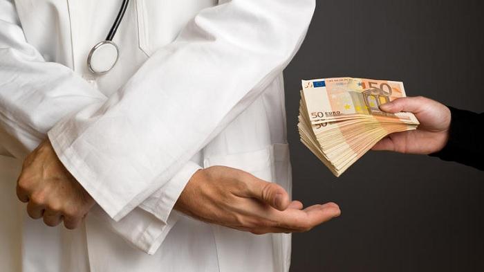 ΑΠΟΚΑΛΥΨΗ ΣΕΙΣΜΟΣ πρώην Υπουργού Υγείας: «Μου έδιναν μίζα 500.000.000»…