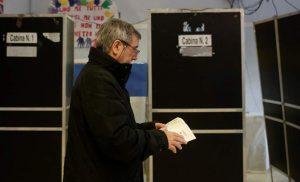 Exit Polls ιταλικών εκλογών: Στα τάρταρα ο Μπερλουσκόνι