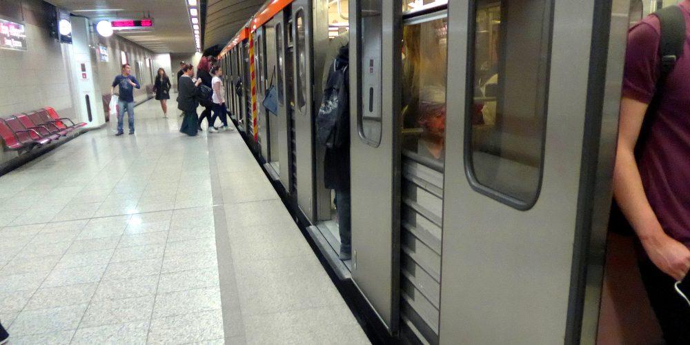 Στοιχεία για μίζες σε βαλίτσες για τα έργα του Μετρό έστειλαν οι Γερμανοί