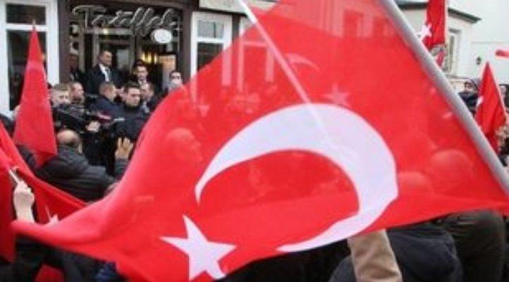 """Επισήμως γερμανική """"πόρτα"""" στους Τούρκους για προεκλογικές συγκεντρώσεις"""