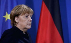 Ψυχρολουσία για Μέρκελ: Ολο και λιγότεροι Γερμανοί την στηρίζουν