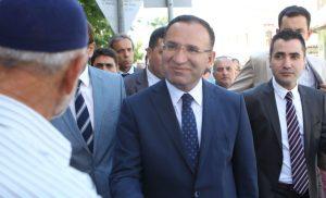 Θέλουμε ανταλλαγή των στρατιωτικών δηλώνει ο Τούρκος αντιπρόεδρος της κυβέρνησης