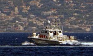 Aιγαίο: Σε επιφυλακή το Λιμενικό μετά τα τουρκικά σενάρια «απόβασης» στους Φούρνους