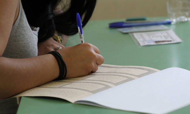 Πανελλήνιες 2021: «Στόχος να γίνουν στην ώρα τους - Εξετάζεται η παράταση του σχολικού έτους»