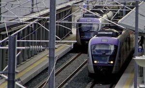 Τετράωρη στάση εργασίας σε τρένα και προαστιακό την Πέμπτη