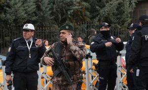 Τουρκία: Η Αγκυρα εξέδωσε εντάλματα σύλληψης σε βάρος 101 στρατιωτικών