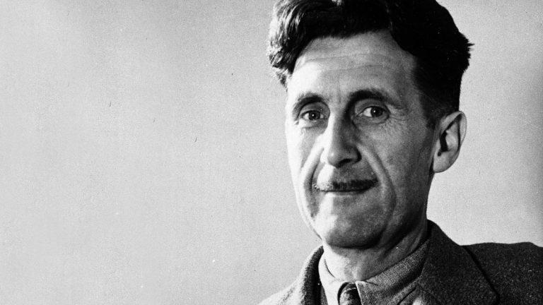 Η επίκαιρη λίστα του George Orwell: «Η πολιτική κάνει τα ψέμματα αλήθεια»