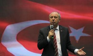 «Ερντογάν τελείωσες!»: Ο Ιντζέ πυροδοτεί το κλίμα μία ανάσα πριν από τις εκλογές στην Τουρκία