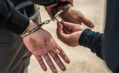 Κρήτη: 18χρονοι καταγγέλλουν ότι ξυλοκοπήθηκαν άγρια από αστυνομικούς στα Μάταλα