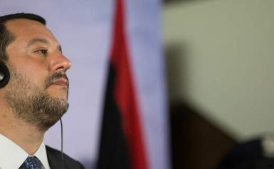 Ο Σαλβίνι «ταρακουνάει» τις ΜΚΟ: ΞΕΧΑΣΤΕ ότι ξέρατε – Δεν θα φτάσετε Ιταλία