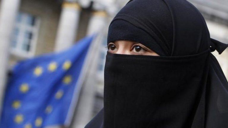 Η Δανία απαγόρευσε την μπούρκα