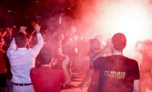Αποθέωση Ολυμπιακού στο ΣΕΦ μετά την νίκη στην έδρα του Παναθηναϊκού [εικόνες]