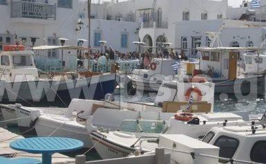 Πάρος: Εντοπίστηκε ρύπανση από πετρελαιοκηλίδα στο λιμάνι της Νάουσας