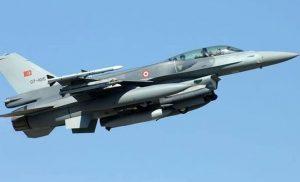 Τρεις παραβιάσεις τουρκικών αεροσκαφών πάνω από το Αιγαίο