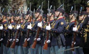Πανελλήνιες 2018: Οι βάσεις για τις στρατιωτικές σχολές και στις σχολές Αστυνομίας και Πυροσβεστικής – Πίνακας
