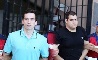 Δεμένους με αλυσίδες μετέφεραν του 2 Έλληνες αιχμαλώτους οι Τούρκοι- Δεν έσκυψαν όμως το κεφάλι! (βίντεο)