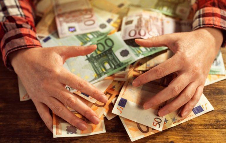 Περιμένοντας το σχέδιο της ενισχυμένης επιτήρησης για την Ελλάδα