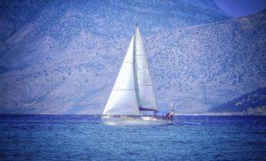 Η Telegraph «υποκλίνεται» στα ελληνικά νησιά