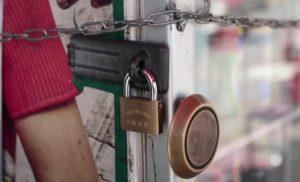Θεσσαλονίκη: 272 επιχειρήσεις κατέβασαν «ρολά» σε 180 ημέρες