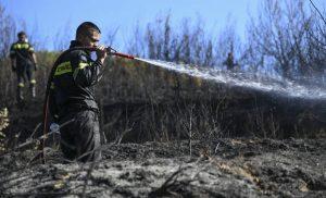 Πολύ υψηλός ο κίνδυνος πυρκαγιάς σήμερα – Δείτε σε ποιες περιοχές