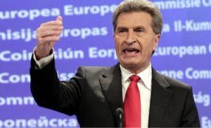 Σε πορεία σύγκρουσης ΕΕ-Ιταλία: Απειλές Έτινγκερ κατά της Ρώμης