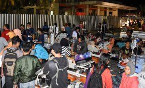 Φονικός σεισμός στην Ινδονησία: 19 νεκροί – Φόβοι για τσουνάμι