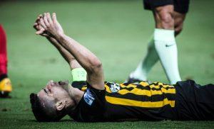 Αγωνία στην ΑΕΚ ενόψει Σέλτικ: Αποχώρησε ο Μάνταλος από την προπόνηση με ενοχλήσεις