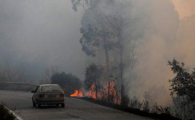 Εκτός ελέγχου η μεγάλη πυρκαγιά στην Πορτογαλία