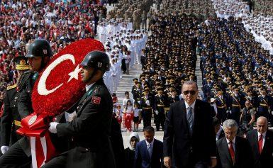 Νέα επίθεση Ερντογάν: Αγύρτες και εκβιαστές οι οίκοι αξιολόγησης