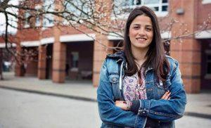 Από ηρωίδα, κατηγορούμενη για διακίνηση ανθρώπων στο Αιγαίο