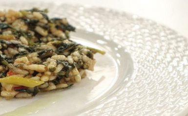 Κλασσικό μαμαδίστικο σπανακόρυζο – Δείτε τη συνταγή και το μυστικό που το κάνει νόστιμο