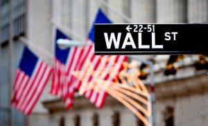 Με κέρδη έκλεισε η Wall Street