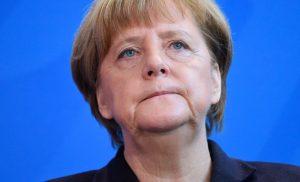 Πρώτη δύναμη το AfD στην Α.Γερμανία: Το μεταναστευτικό «καταποντίζει» την Α.Μέρκελ