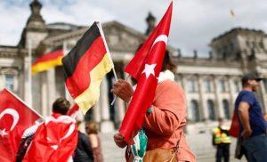 «Νέα εποχή» στις γερμανοτουρκικές σχέσεις «ονειρεύονται» οι Τούρκοι