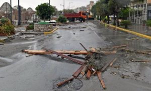 Σε κατάσταση έκτακτης ανάγκης δήμοι της Στερεάς Ελλάδος -Εκκένωση των παράκτιων περιοχών του Ωρωπού
