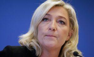 Σταλινικές μέθοδοι στην Γαλλία: Στέλνουν στο ψυχιατρείο την Μ.Λεπέν γιατί ανάρτησε φρικαλεότητες ισλαμιστών