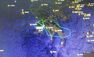 Καλαμάτα: Ο πιλότος ακολούθησε αυτή την πορεία – Αγωνία στον αέρα με ανέμους 10 μποφόρ – Η τελική απόφαση [pics]