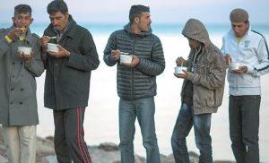 Δύο επιχειρηματίες ερευνά η OLAF για τα συσσίτια στους πρόσφυγες