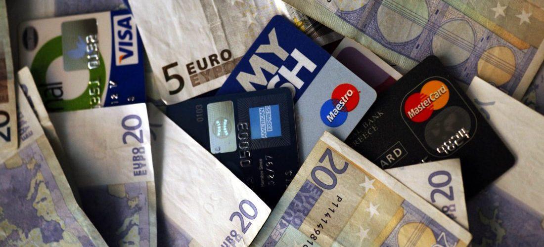 Αλλαγές στις πληρωμές με κάρτες από το Σεπτέμβριο