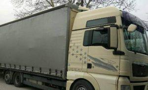 Τρόμος για ζευγάρι στην Κρήτη: Φορτίο νταλίκας «προσγειώθηκε» στο αυτοκίνητό τους