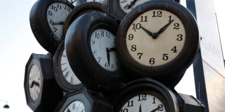 Τι θα γίνει τελικά με την αλλαγή ώρας – Θα μείνουμε στη θερινή;