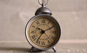 Αλλαγή ώρας: Τα ξημερώματα της Κυριακής αλλάζει η ώρα