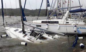 Κυκλώνας Ζορμπάς: Βύθισε 14 σκάφη στην Καλαμάτα – Δεκάδες γιοτ υπέστησαν ζημιές